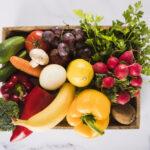 vista angulo alto muchas verduras frescas contenedor 23 2147882078